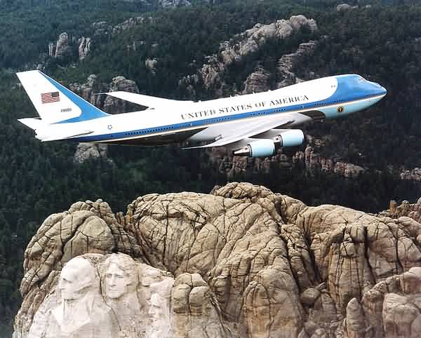 Air Force One over Mount Rushmore